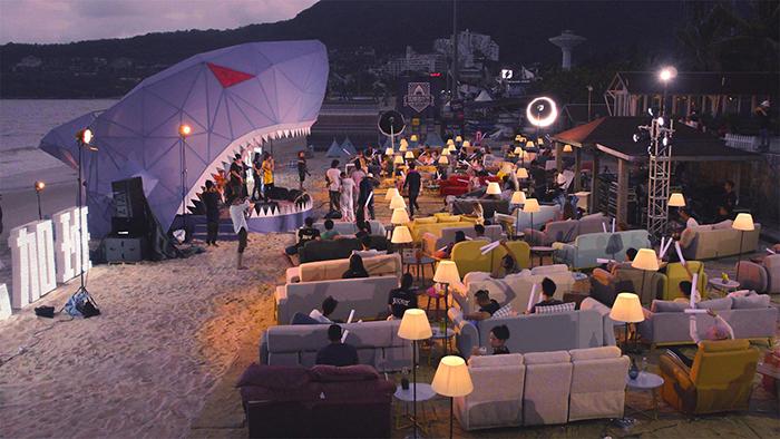 鲨滩造乐节露天舞台