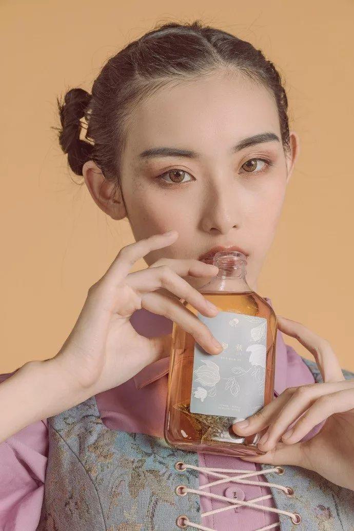 喜茶中国风海报知秋
